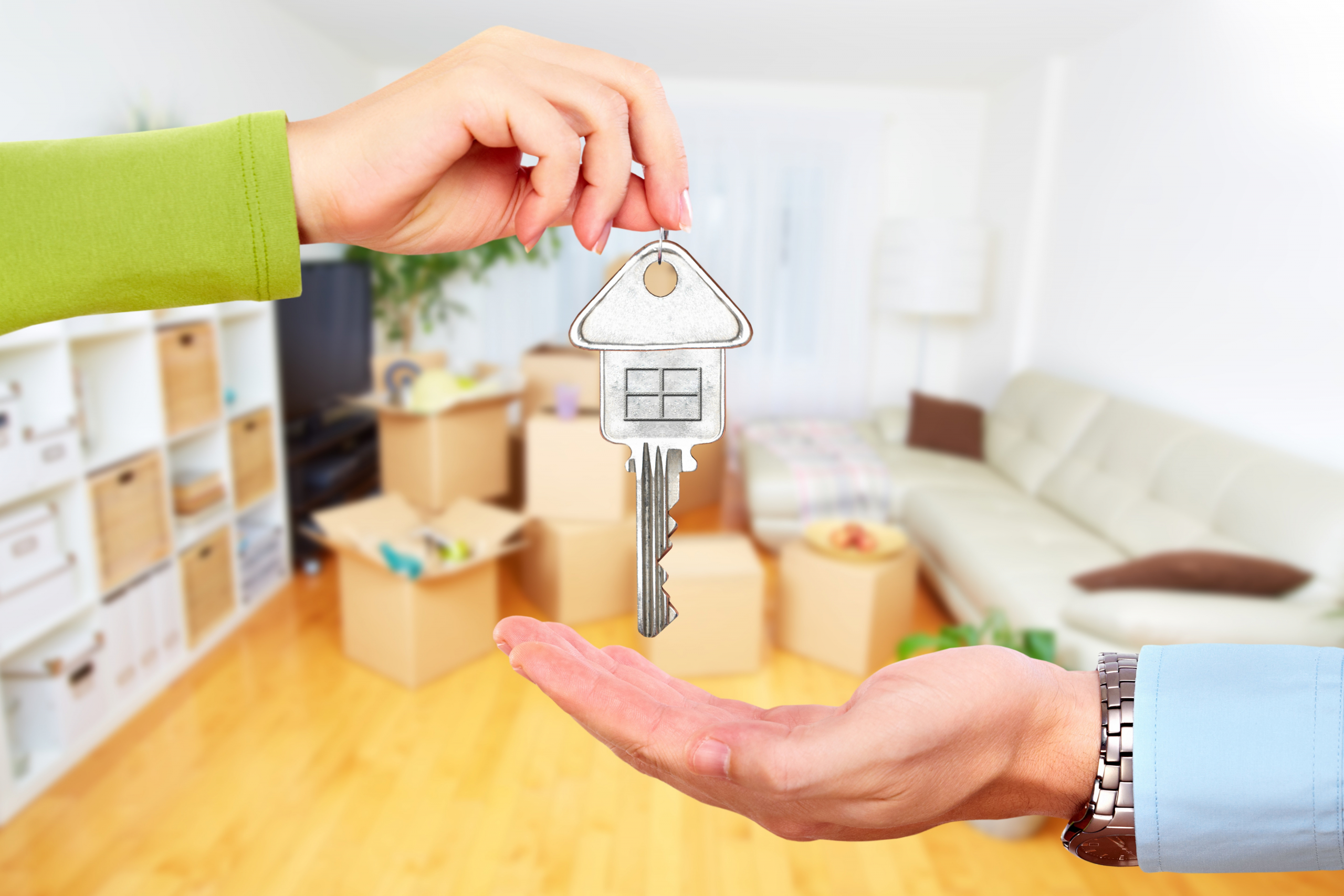 Why Sell My House Through an Estate Agent in 2021